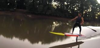 Stand Up Paddle Foil sur un mascaret avec Ludovic Dulou