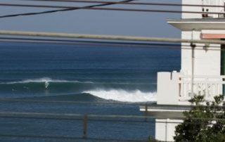Surf de gros sur la Côte basque
