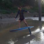 Ludo Dulou session de surf foil sur le mascaret